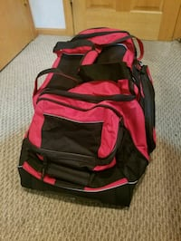 Two brand new duffle bags in rollers Harwood Heights