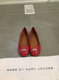 Marc Jacobs red flats, size 8 Richmond Hill, L4C 6E5