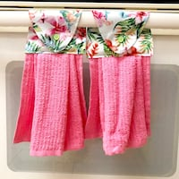 Two (2) tropical florals kitchen towels - pink Tampa, 33612