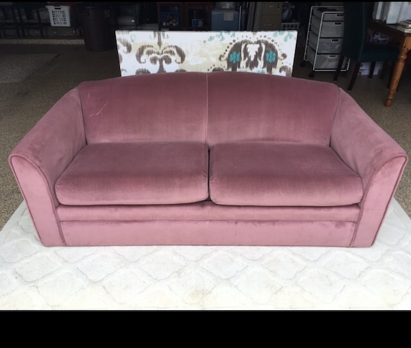 Used Lush Pink 2-seat sofa bed for sale in Grapevine - letgo