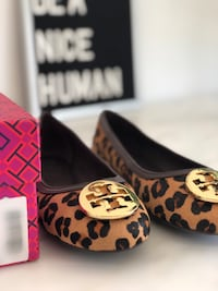 Brand New Tory Burch Leopard flats  Size 7.5 Pick up: Bayview Village Area North York Series inquires only please #toryburch #yorkdale #holts Toronto, M2K 2A6