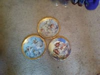 three round white-and-blue ceramic plates Surrey, V4A 5S8