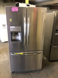 New scratch and dent Frigidaire 21.7cu.ft counter depth French doors  Baltimore, 21223