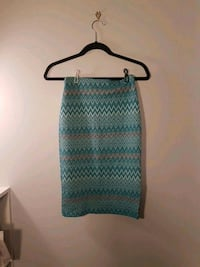 ZARA long waist blue and pink patter skirt size S Vancouver, V5Z 4L8
