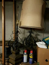 black metal base with white lampshade table lamp Manchester, 03102