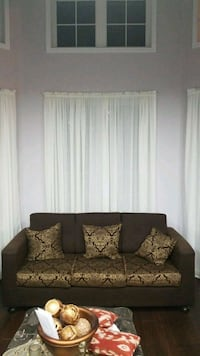 Brown couch set Brampton, L6P 1H7