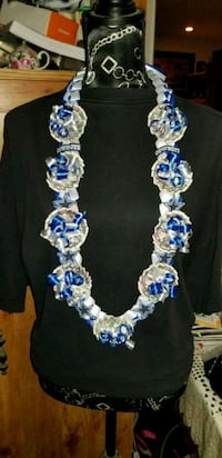 blue and white beaded necklace Greenfield, 93927