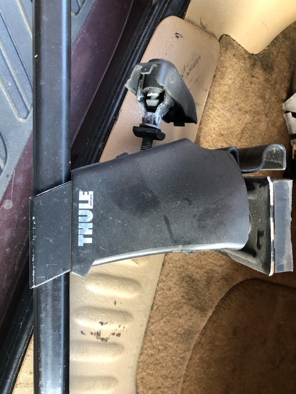 38125ef8904eda Used Thule roof rack for sale in Paterson - letgo