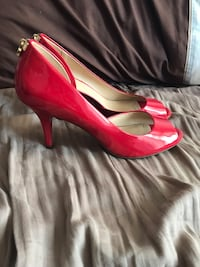 Michael Kores Limited Addition Red Heels Vaughan, L4H 1P5