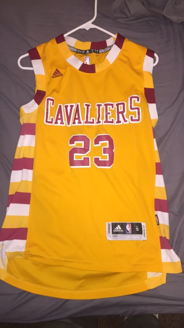 reputable site 0ab4d 08b83 Yellow and red adidas lakers 23 jersey shirt