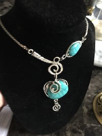 Silver and teal gemstone pendant necklace