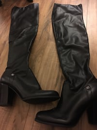 Guess - womans boots