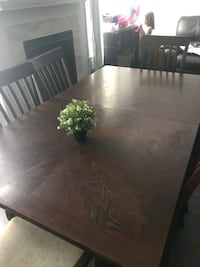 Dinning room table 6 chairs Ottawa, K1X