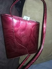 red patent leather crossbody bag