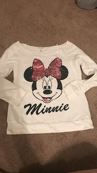 white, black, and red Minnie Mouse print scoop neck long sleeve shirt Edmonton, T6R