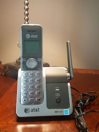 Used Silver At T Cordless Telephone Intercom Feature If Additional Phones Are Added For In Bristow Letgo