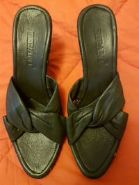 Real leather shoes,  size 7 Toronto, M2M 4B9
