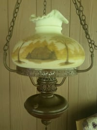 .......Fenton......hand painted  Worcester, 05682