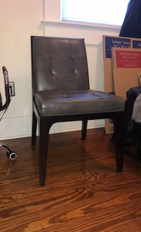 Side chair w Grey leather seat desk chair or dining chair New Orleans, 70119
