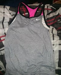 Nike drift fit workout shirt Surrey, V3R 1Z2
