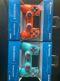New berry blue & sunset orange PS4 controller