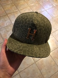 Genuine Huf Hat Never Worn Dudley, 01571