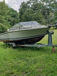 25ft bayliner. Chevy 350 motor.  Anderson, 29621