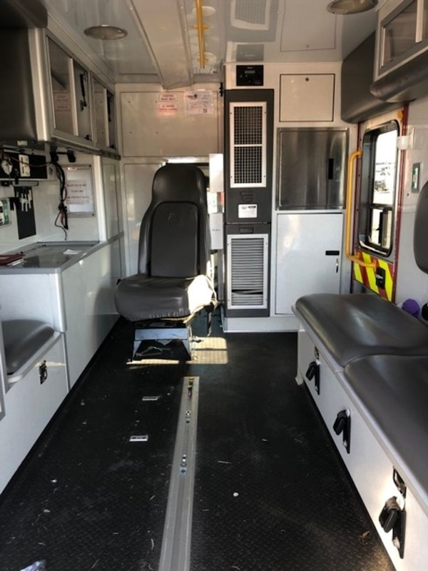 2008 Ford F450 Wheeled Coach Ambulance For Sale 7