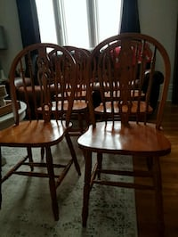 Dining Room Chairs Barrie, L4M 4Y8