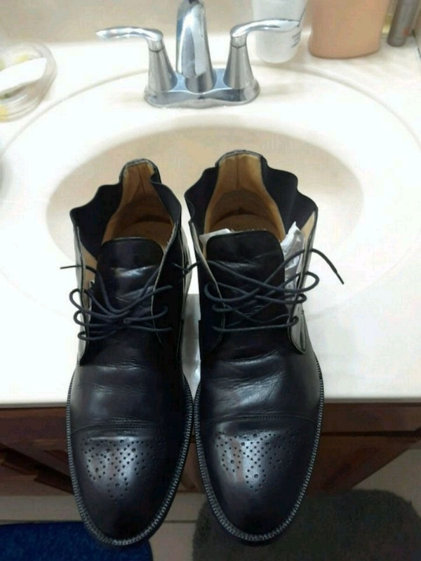 Johnston and Murphy size 15 cost 150+  excellshoes