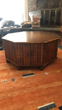 brown wicker basket with lid 781 km