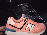 Pair of pink-and-white new balance sneakers Nashville, 37206