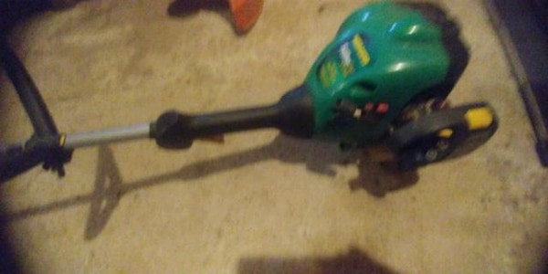 FEATHERLITE WEED EATER 5e1eef87-ad54-4259-9ac2-e84c76966bc4