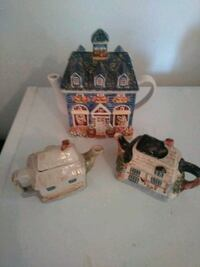 blue, white, and pink ceramic house kettle figurines Fountain, 32438