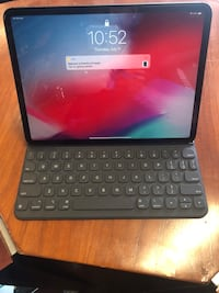iPad 64GB 11inc MUOP2LL/A with Keyboard case  Justice, 60458
