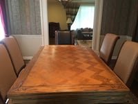 Solid Oak Expandable Dinning Room Table Short Hills, 07078