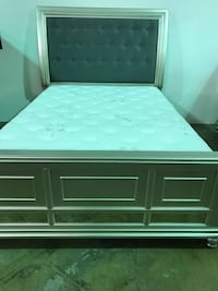 Queen bed (headboard, footboard, rails, slats Ventura, 93001