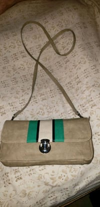 Miche hand clutch or strapped purse Calgary, T2W 5G2