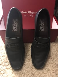 pair of black leather dress shoes with box Brea, 92821