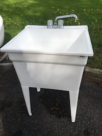 Laundry sink with faucet  Mississauga, L5E 2S3