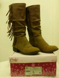 pair of brown leather boots Pembroke Pines, 33026