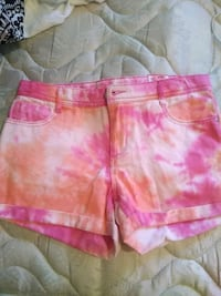 pink and white floral shorts Imperial, 92251
