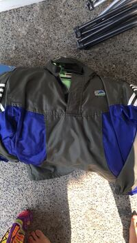 black and blue Nike zip-up jacket Vancouver, 98682