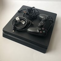 Playstation 4 with black controller Toronto, M2R