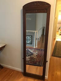 Antique full length mirror Reston, 20190
