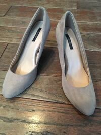 Nude Faux Suede Forever 21 Round Toe Heels (Size 9)  540 km