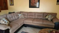 Sectional  Pompano Beach, 33069