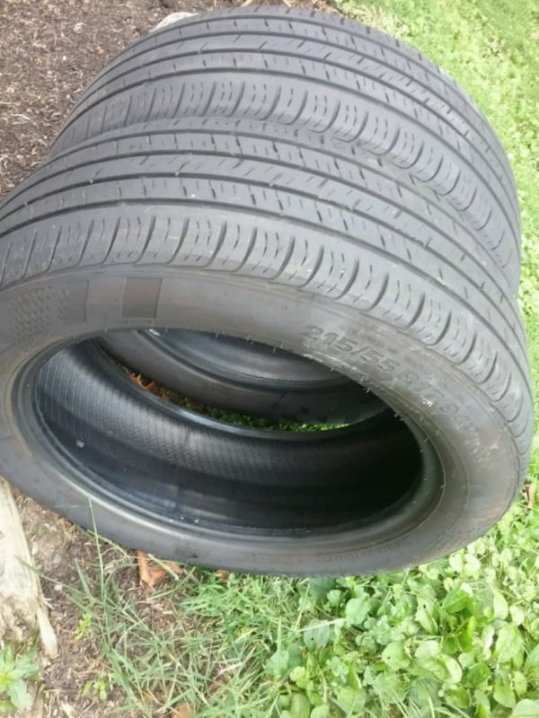 Pair of tires ..... 215 55 17 8