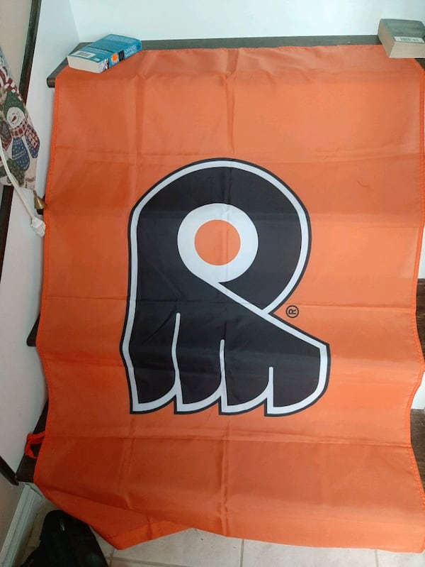 Philadelphia flyers flag 3feet by 5feet new  a0624c31-ef4c-47db-90ef-5f5244b77904