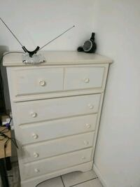 Off White Chest of Drawers